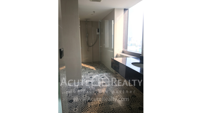 办公空间  for rent Sukhumvit 21(Asoke) image8