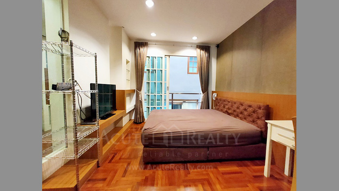 Townhouse  for sale Charoen Nakorn 40 image6
