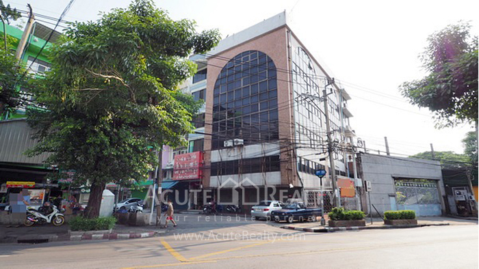 Shophouse, Office Building, Showroom  for rent Chan Rd. image0