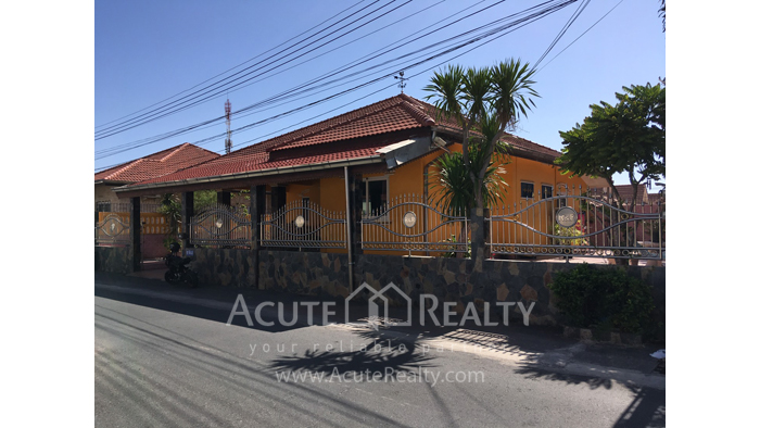 House  for sale Chokchai Village 5, Soi Boonsumphan, Bang Lamung, Pattaya. image0