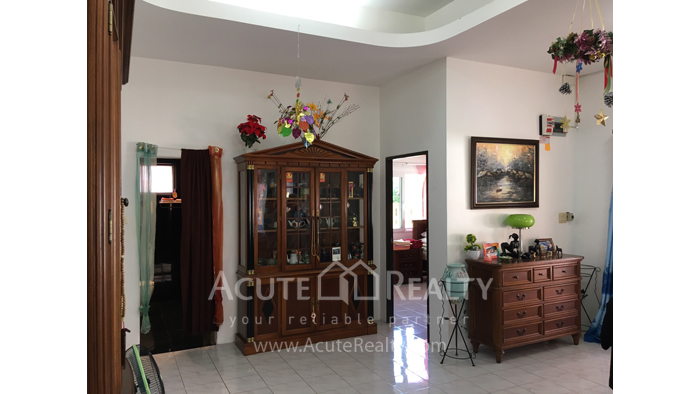House  for sale Chokchai Village 5, Soi Boonsumphan, Bang Lamung, Pattaya. image3