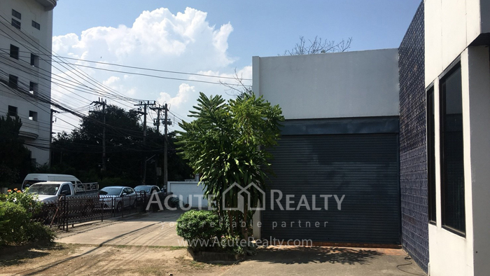 办公楼  for rent Fa Ham image6