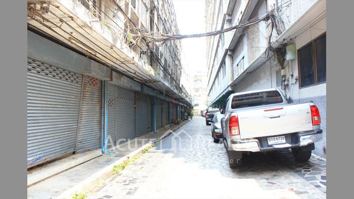 Apartment, Shophouse  for sale Ngamwongwan-Phongpetch image4