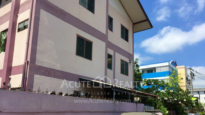 Apartment  for sale & for rent Old city Chaing Mai image1
