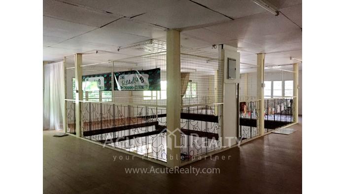 家庭办公室, 办公空间  for sale Manee Noparat Road (outside the moat) image9