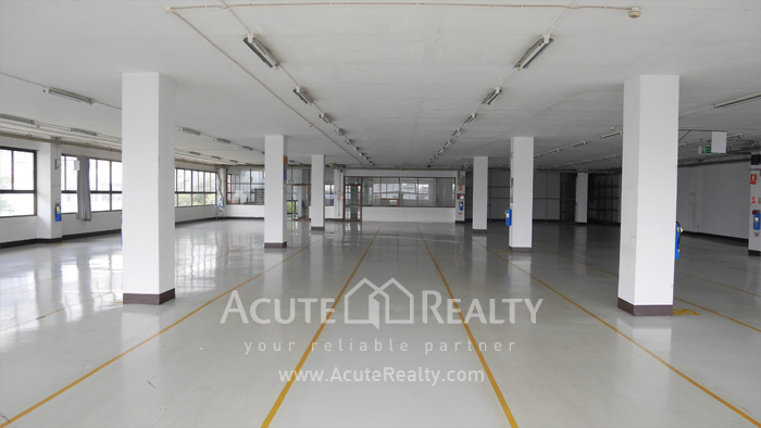 Warehouse  for rent Charoen Rat Rd. image0