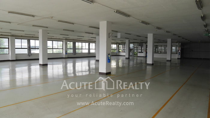Warehouse  for rent Charoen Rat Rd. image4