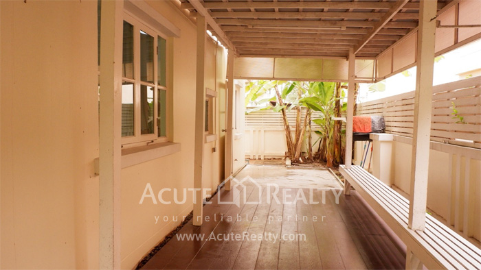 House  for sale Srinakharin image13