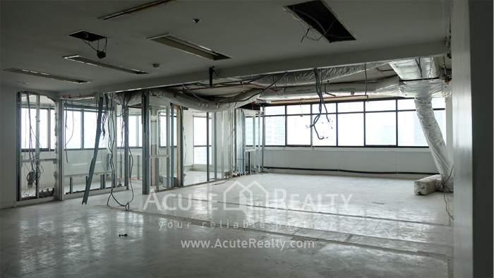 Office Space  for rent BTS Phaya Thai  image2