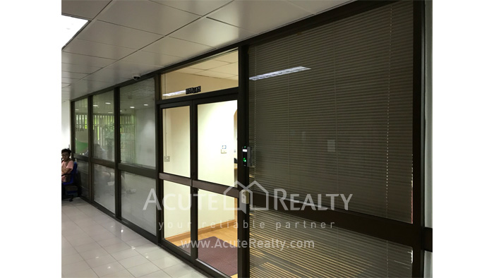 Office Space  for sale & for rent Phaholyothin (Ari) image6