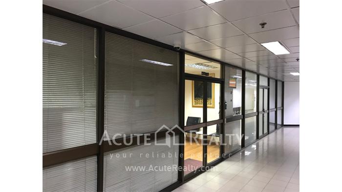 办公空间  for sale & for rent Phaholyothin (Ari) image7