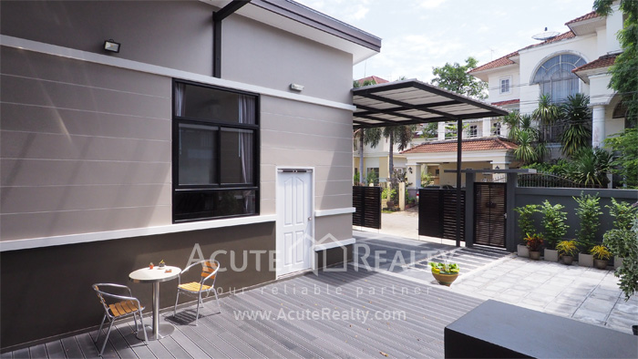 House  for sale Chaloem Phrakiat Ratchakan Thi 9 image4