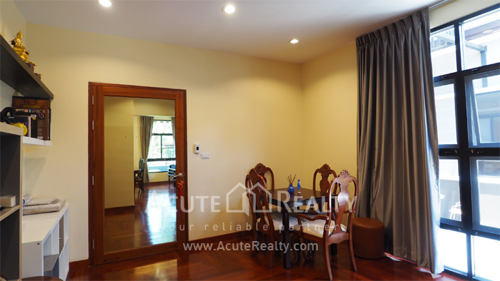 House  for sale Chaloem Phrakiat Ratchakan Thi 9 image10