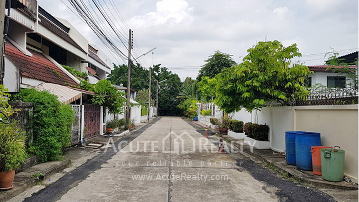 Townhouse  for sale Sukhumvit 71 image18