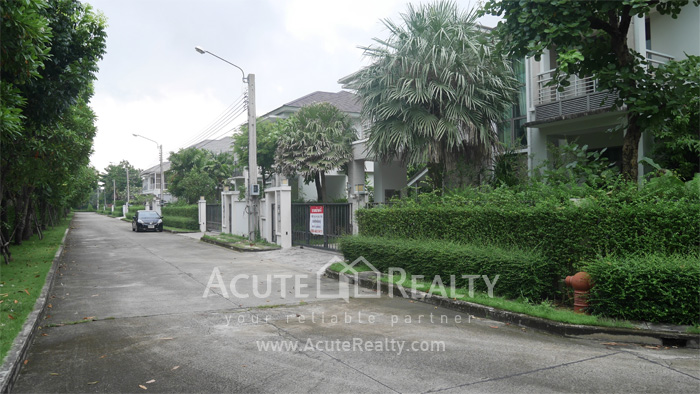 House  for sale Rama 9 image1