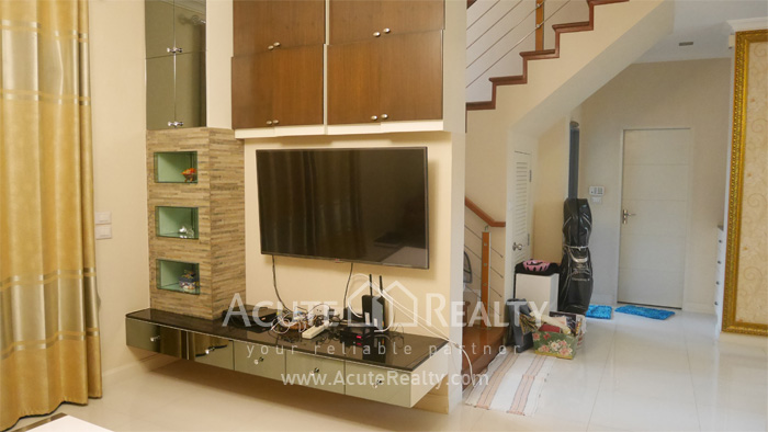 House  for sale Rama 9 image11