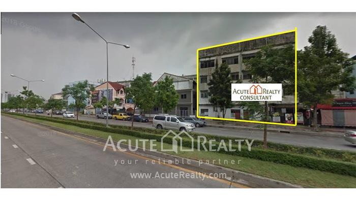 Shophouse  for sale Soi Phaholyothin 50 image2