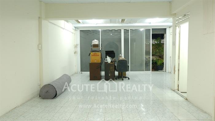 Shophouse, Home Office  for sale Sukhumvit 101 (Punnawithi 22) image3