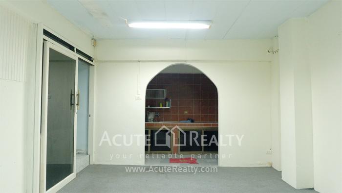 Shophouse, Home Office  for sale Sukhumvit 101 (Punnawithi 22) image6