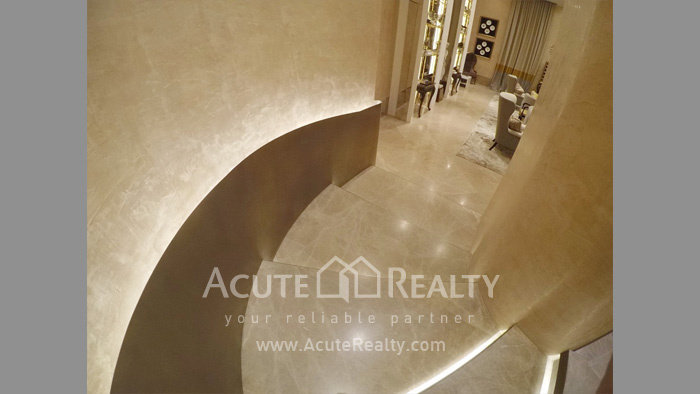 Condominium  for sale The Diplomat 39 Promphong image3