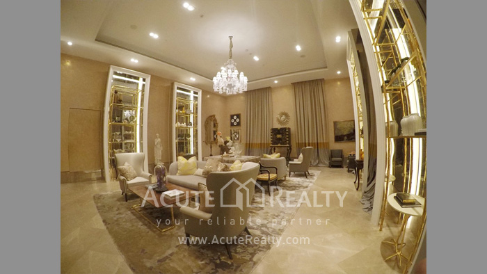 Condominium  for sale The Diplomat 39 Promphong image5