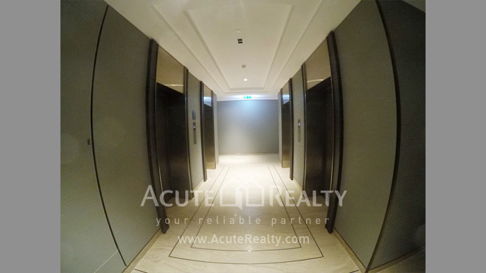 Condominium  for sale The Diplomat 39 Promphong image7