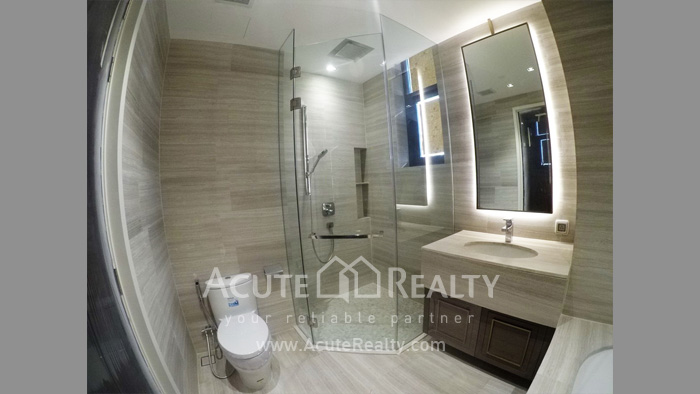 Condominium  for sale The Diplomat 39 Promphong image17