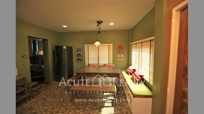 Shophouse  for sale Si Racha Nakhon 4 Rd. image5