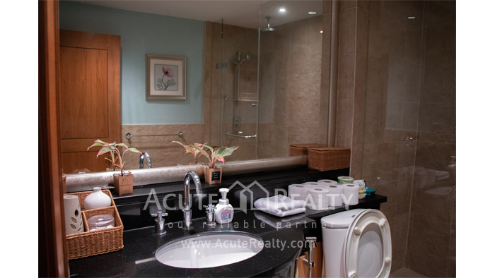 Condominium  for sale Sky Villas Sathon image4