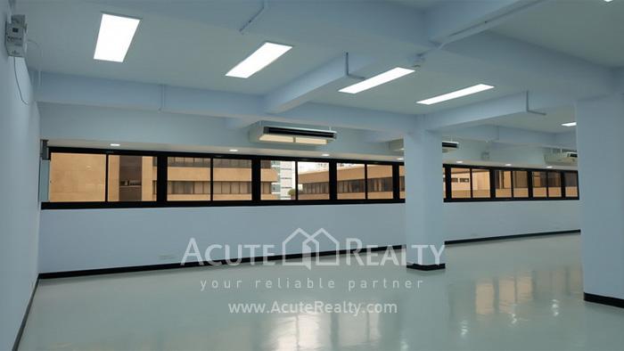 Office Space  for rent Sukhumvit 21 Asoke image1