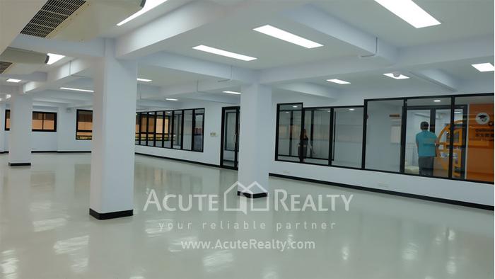 Office Space  for rent Sukhumvit 21 Asoke image3