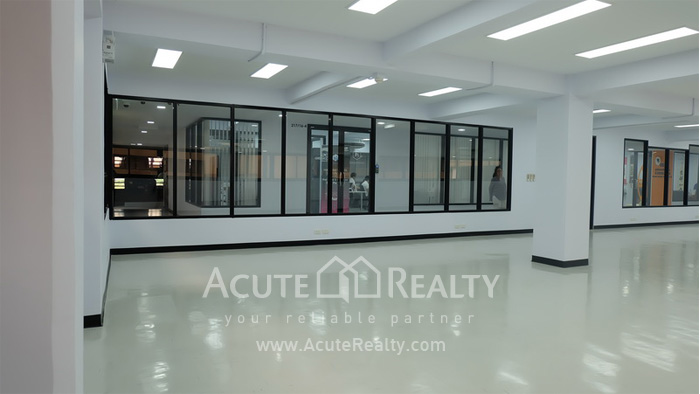 Office Space  for rent Sukhumvit 21 Asoke image4
