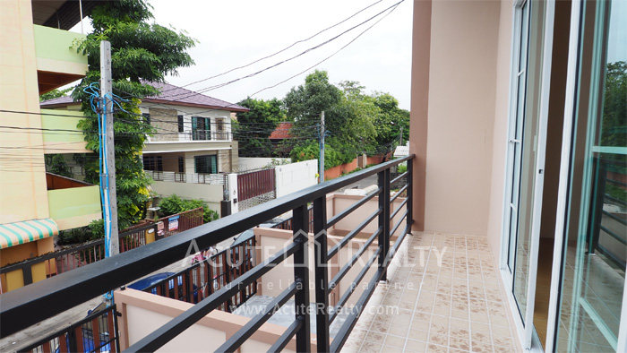 Townhouse  for sale Ramintra  image11