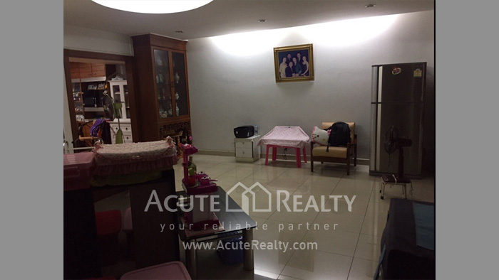 Townhouse, Home Office  for rent Saladaeng Silom image3