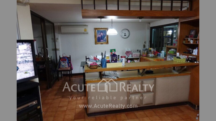 Townhouse, Home Office  for rent Saladaeng Silom image6