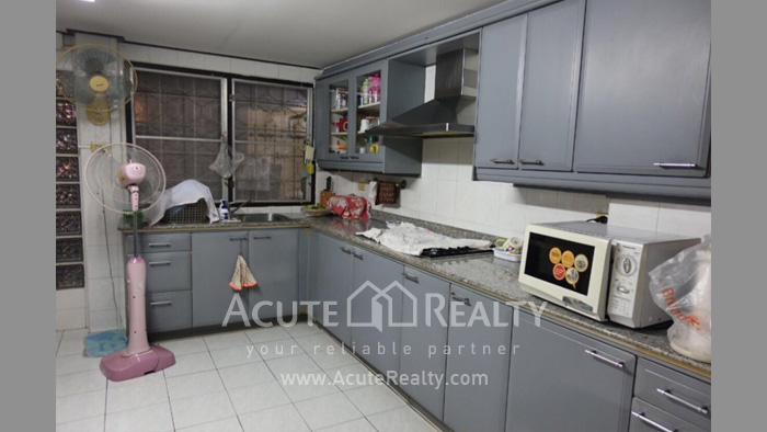 Townhouse, Home Office  for rent Saladaeng Silom image8
