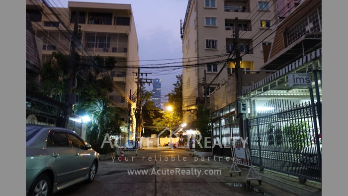 Townhouse, Home Office  for rent Saladaeng Silom image11