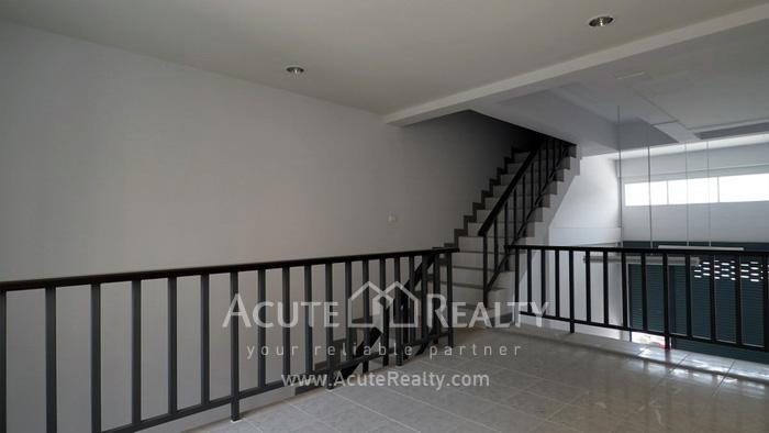 Shophouse  for sale & for rent Sukhumvit 113 (Samrong) image5