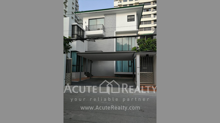 House  for rent Sukhumvit 39 image0