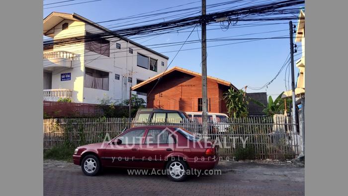 บ้าน, ที่ดิน  ขาย & ให้เช่า คูเมืองด้านใน ถ.สิงหราช รูป2