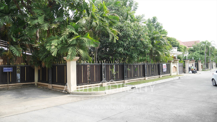 House  for sale & for rent Watcharapol image16