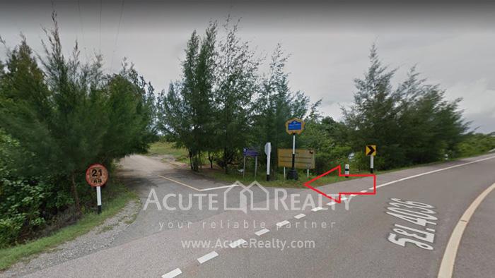 Land  for sale Chaloem Burapha Chonlathit Rd. image9