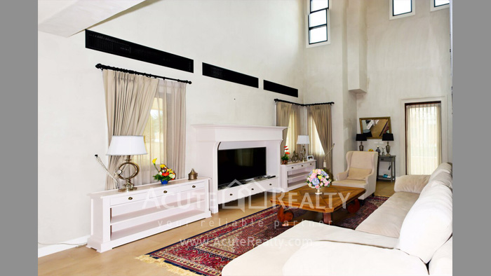 House  for sale Sukhumvit Road-Sattahip  image3