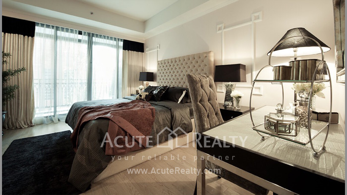 Condominium  for sale & for rent Prive by Sansiri Wireless Road image0