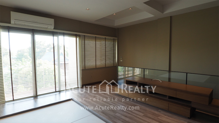 Townhouse  for sale Pattanakarn Road image7