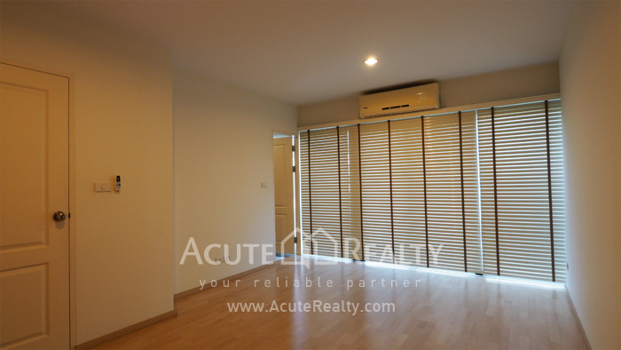 Townhouse  for sale Pattanakarn Road image11