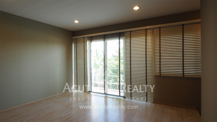 Townhouse  for sale Pattanakarn Road image15