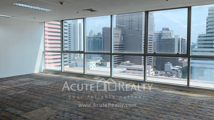 Office Space  for rent Silom image4