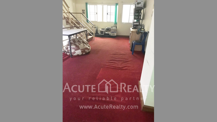 Shophouse  for rent Nong Pa Krang image4