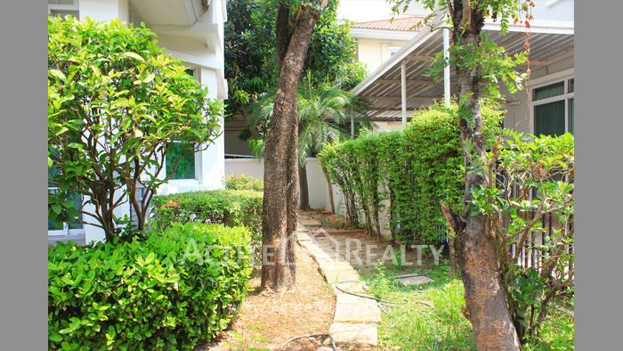 House  for sale Prachachuen Rd. image15